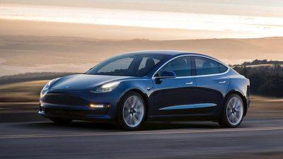 Tesla, Çin'de üretilen ilk Model 3 otomobilleri teslim etti