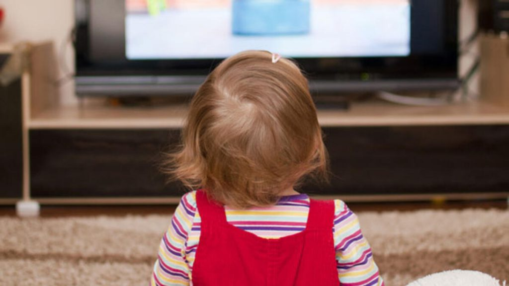 Cocuklar televizyonda ne izliyor 2 1024x576 - Caillou'ya dikkat! Bilgi ve Haber