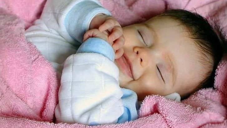 Çocukların uykuda Gülmeleri boşuna değil