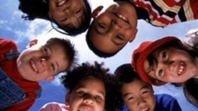 'Hayır' demeyi öğrenemeyen çocuklar istismara açık yetişiyor