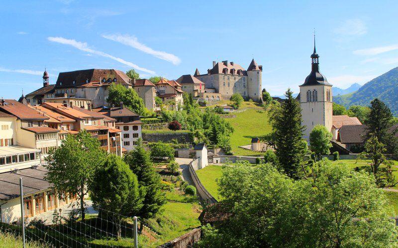 La Gruyere Isvicre - Başkentlerinden Daha Güzel Avrupa Kasabaları Bilgi ve Haber