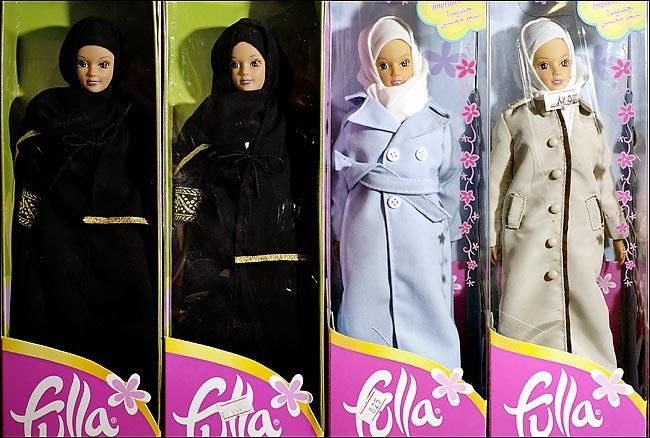fulla bebek - Barbie bebek artist, Fulla Bebek akıllı kadını temsil ediyor! Bilgi ve Haber