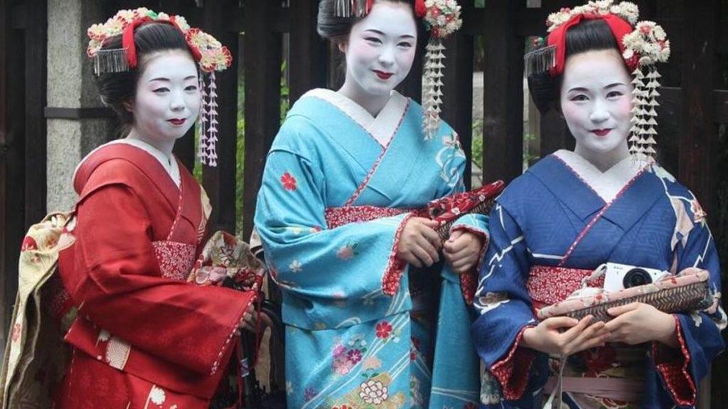 Japonya Giysileri Kimono