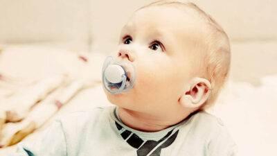Bebeklerde Emzik Seçimenin Püf Noktaları